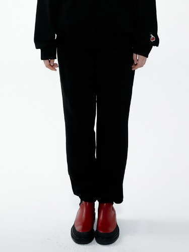 (8월26일 예약발송)SMALL JOGGER PANTS CHERRY IA [BLACK]