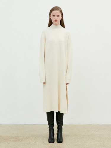Half Turtleneck Dress Knit [Cream]