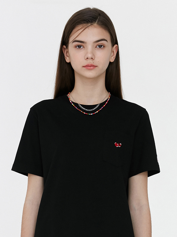POCKET CHERRY T-SHIRT JH [BLACK]