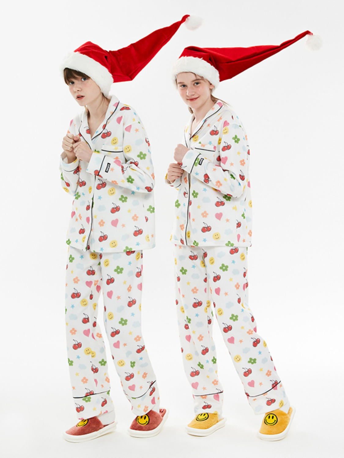 CHRISTMAS EDITION MERRY CHERRY PAJAMA SET [WHITE]